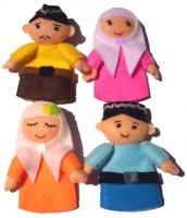 Boneka Jari Keluarga Muslim